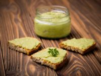 Hummus_z_bobu_Fot_materiały_prasowe_Dan_Cake