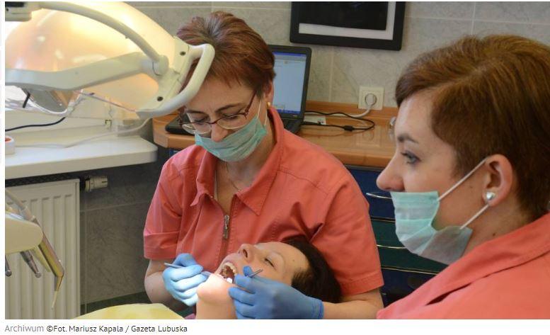Kraków. Bezpłatne badania profilaktyczne jamy ustnej w kierunku nowotworów