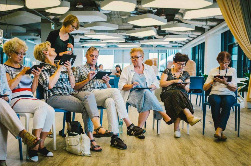 Projekt Very Senior Developers 2018 - Generacja Makerów