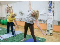 Specjalny program gimnastyki dla seniorów zapobiegnie upadkom